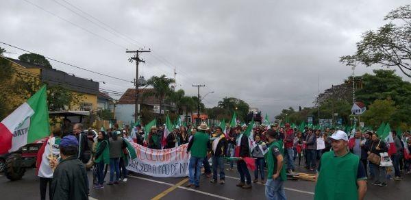 Legislativo Pinhalense participa do 9º Grito de Alerta da FETAG-RS