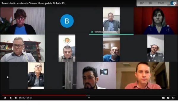 Poder Legislativo de Pinhal realiza sessões por videoconferência