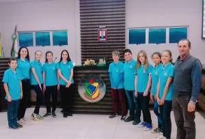 Vereadores Mirins realizam sessão ordinária em Pinhal